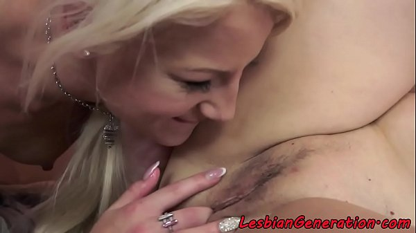 Granny, Pussylicking, Lesbian granny