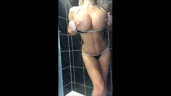 Shower, Video full