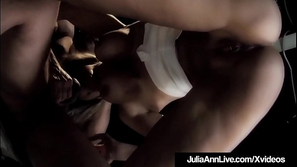 Julia, Julia ann, Anne, Stage